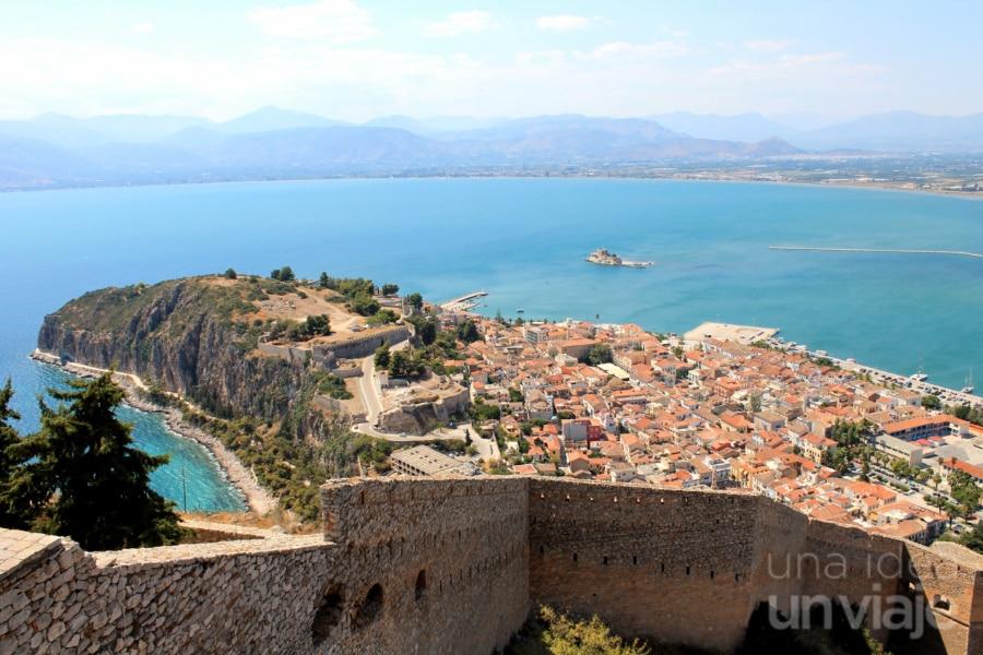 Vista de Nafplio desde el fuerte de Palamidi