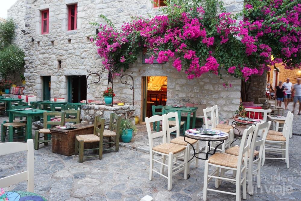 Calles y restaurantes de Areopolis