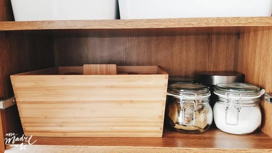botes-ordenar-armarios-cocina