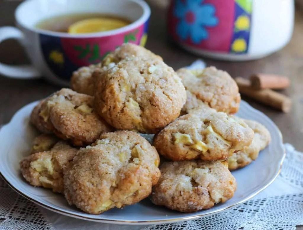 ricetta per i cookies alla mela cannella e nocciole