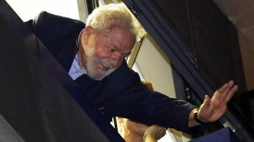 Resultado de imagem para Eleições 2018: Justiça recusa pedido do PT para que Lula participe de debate da Band