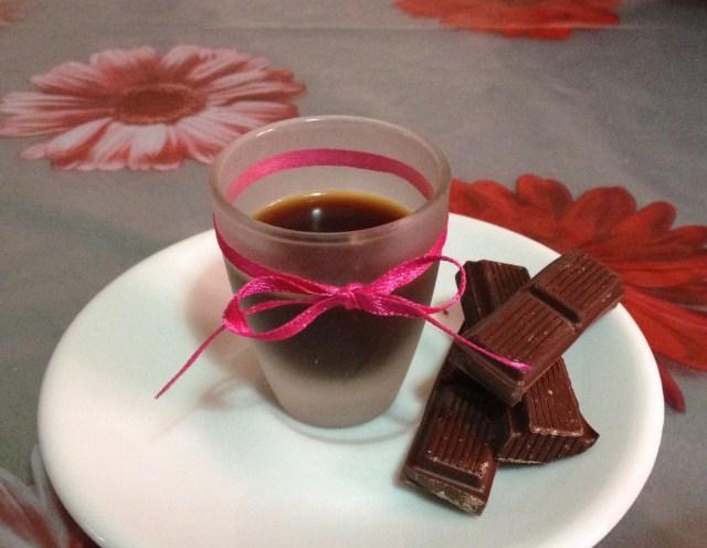 Liquore al cioccolato senza panna