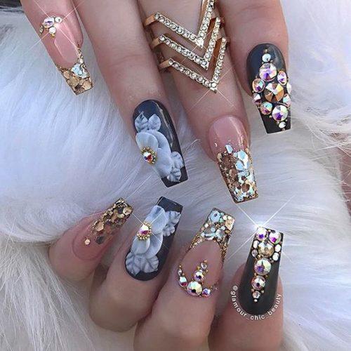 Uñas Acrilicas De Moda Con Piedras Decorados De Uñas