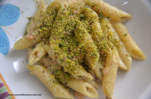 penne pistacchio e salmone
