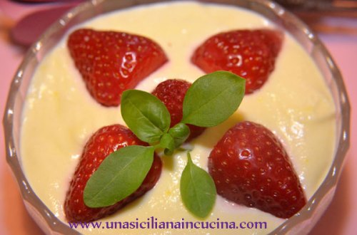 crema mascarpone e fragole