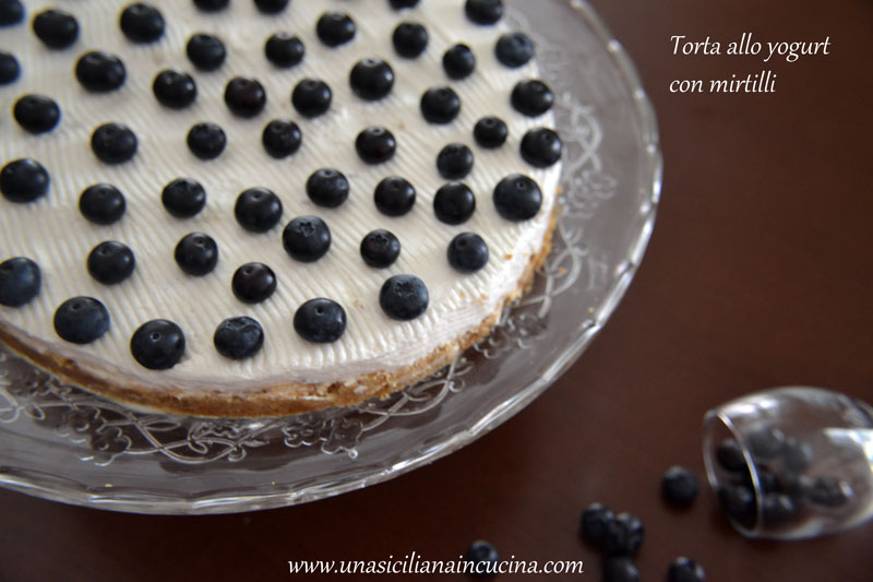 Torta yogurt mirtilli