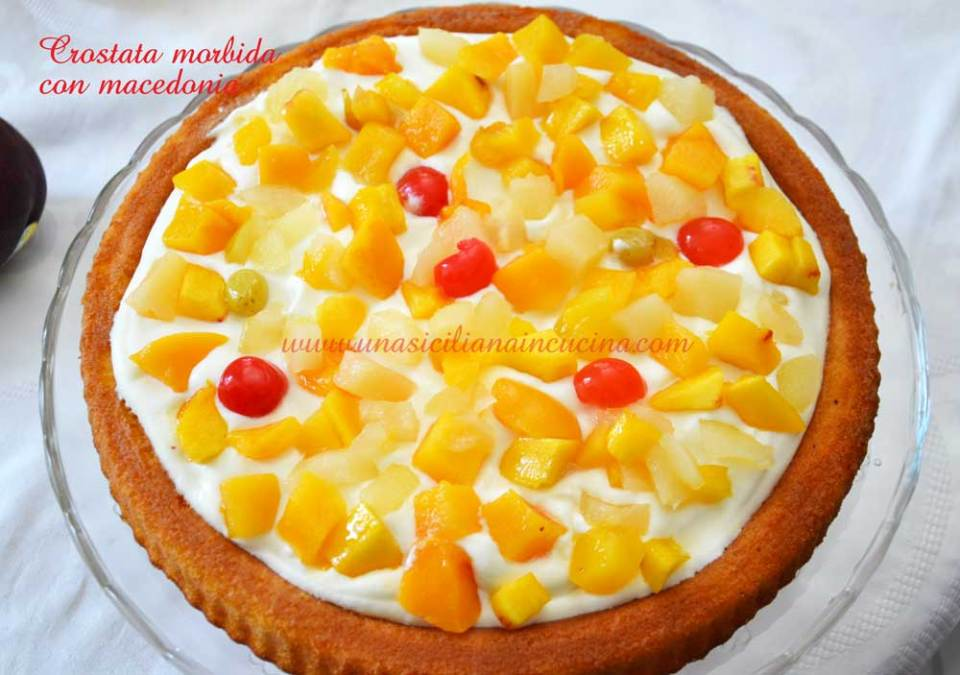 crostata morbida con macedonia