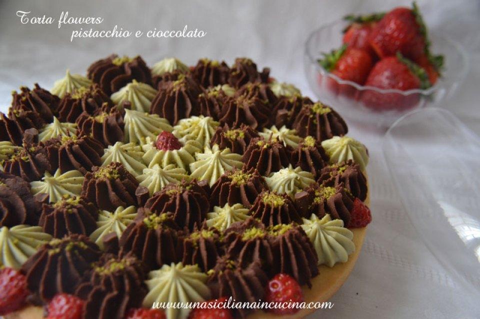 Torta flowers pistacchio cioccolato