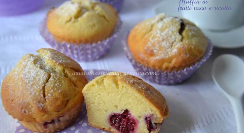 Muffin-ai-frutti-rossi-e-ricotta
