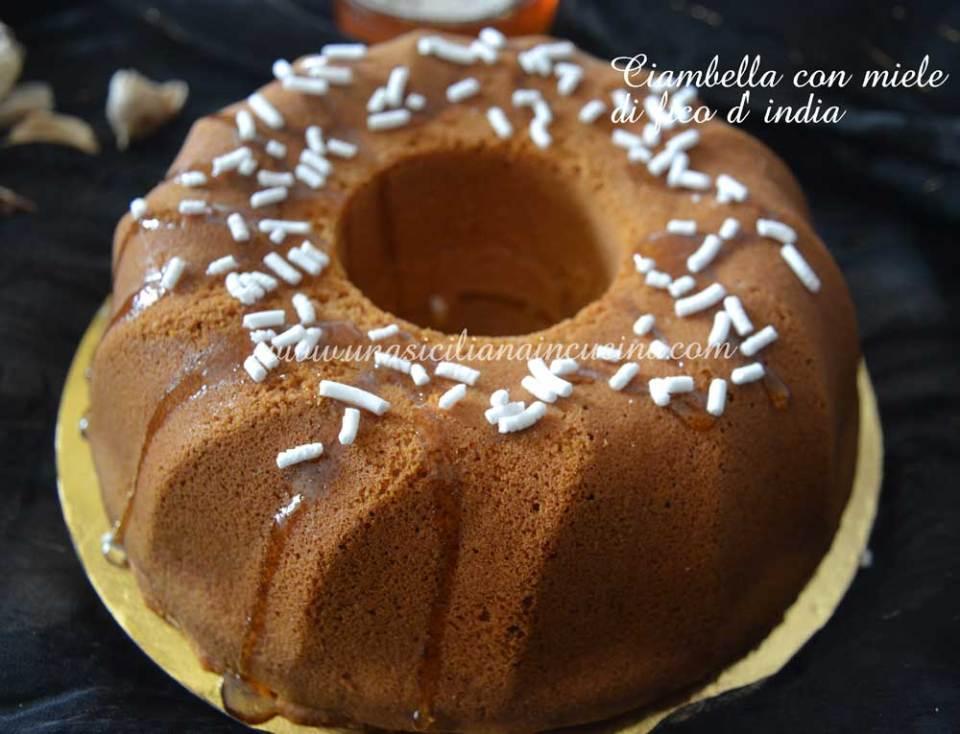 Ciambella-con-miele-e-fico-d'-india