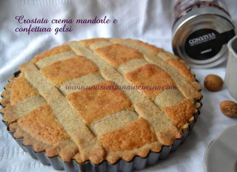 Crostata-integrale crema-mandorle-e-confettura-gelsi
