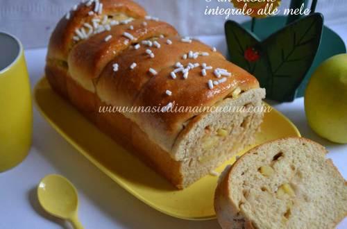 Pan brioche integrale alle mele