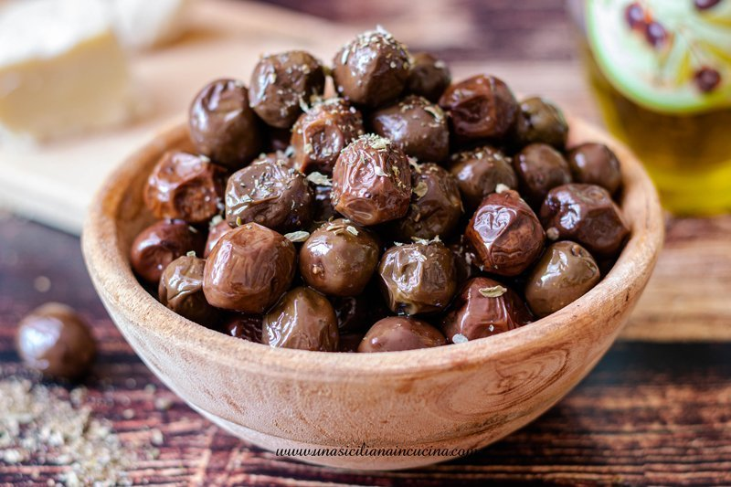 Olive nere siciliane infornate