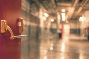 ドア 病院_R