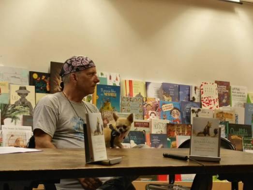 Sergio Bambarén alla Libreria Rinascita di Ascoli Piceno