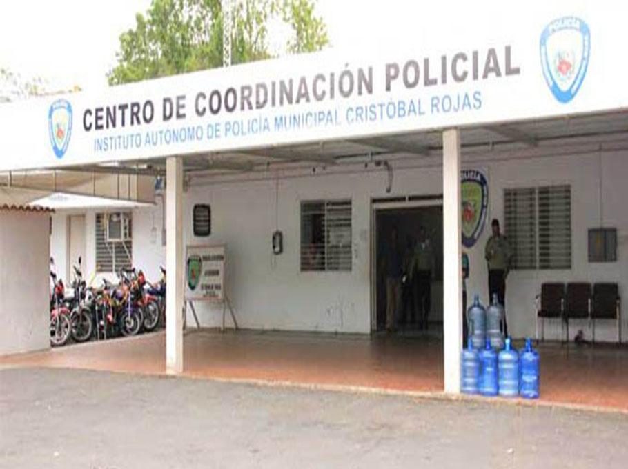 Se fugaron cuatro presos de calabozos de PoliCharallave