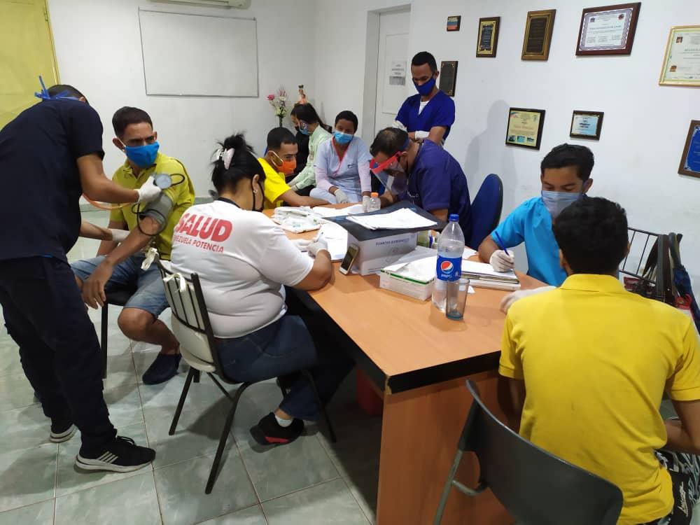 Atienden a privados de libertad de Ocumare del Tuy en jornada de salud