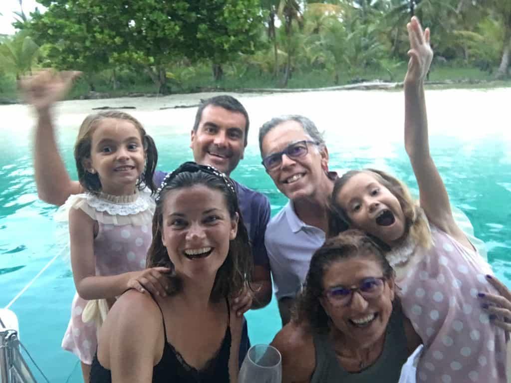 La familia Saramia con Juan y Olga del Imagine.