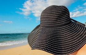 hat-937381__180