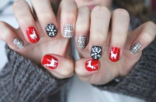 Holiday-Nails-1