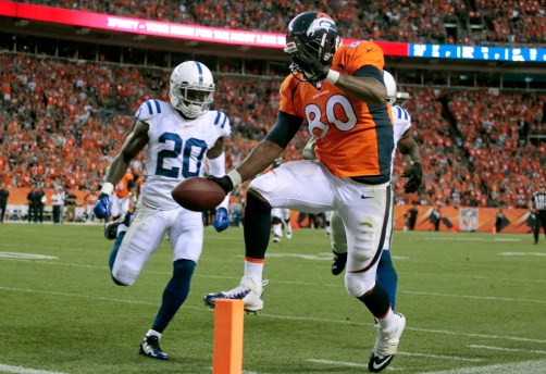 Julius Thomas scores a touchdown for Denver