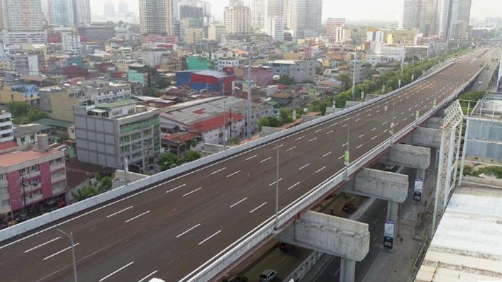 Ang Isang Bus Rapid Transport System Ay Nasa Ginagawa