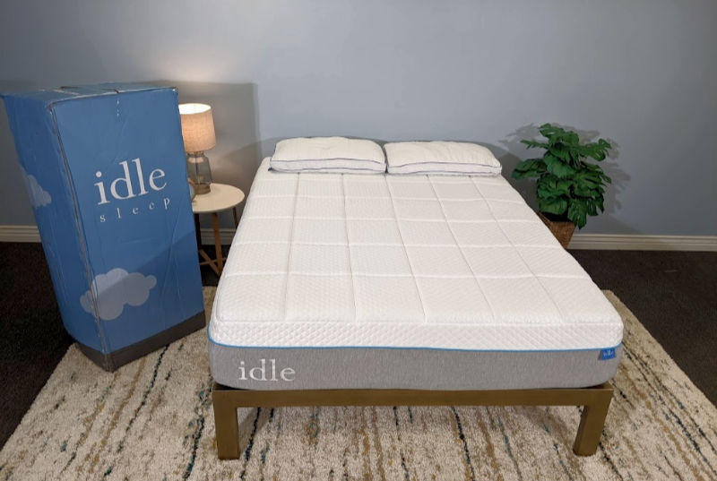 Idle Plush Mattress close up
