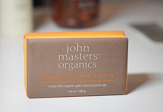 John Masters Organics peelendes Seifenstück