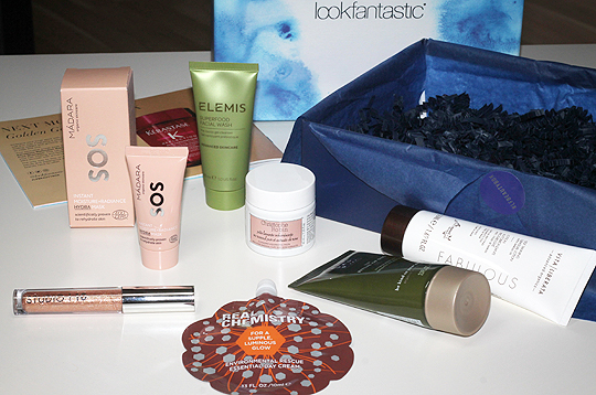 Lookfantastic-Box Juni 2018: Into the Blue