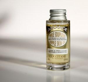 (L'Occitane en Provence) Amande Supple Skin Oil