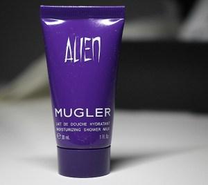 Mugler Alien Moisturizing Shower Milk