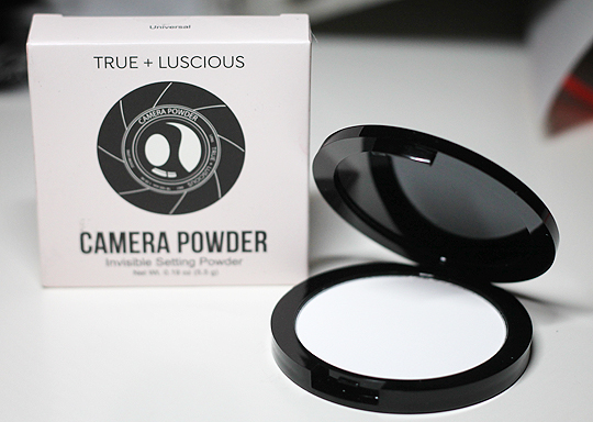 (True + Luscious) Camera Powder Invisible Setting Powder