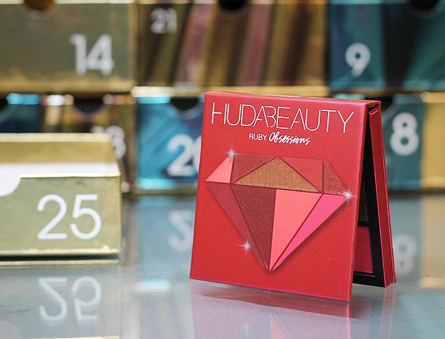 Kästchen Nr. 25: (Huda Beauty) Ruby Obsessions Lidschatten Palette