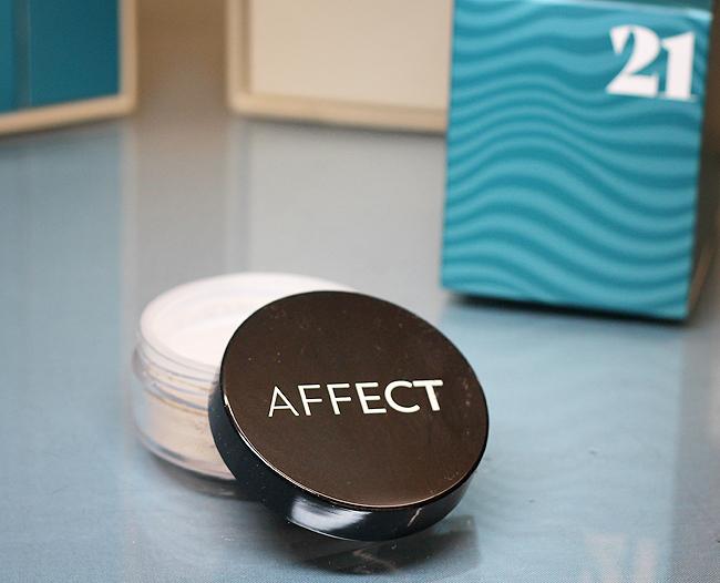 (Affect) Skin Illuminizer Pearl Powder