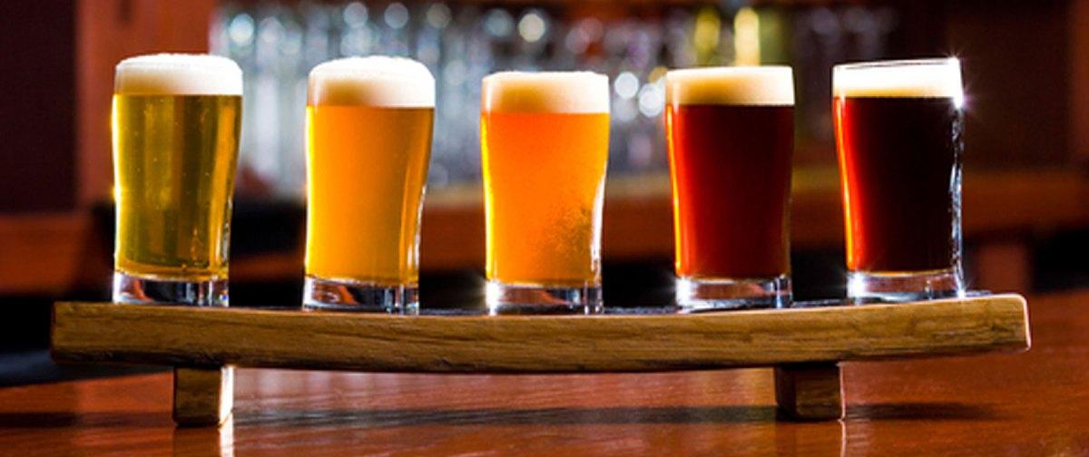 Cei 12 apostoli ai ro berii artizanale daily acting for Michigan craft beer festival