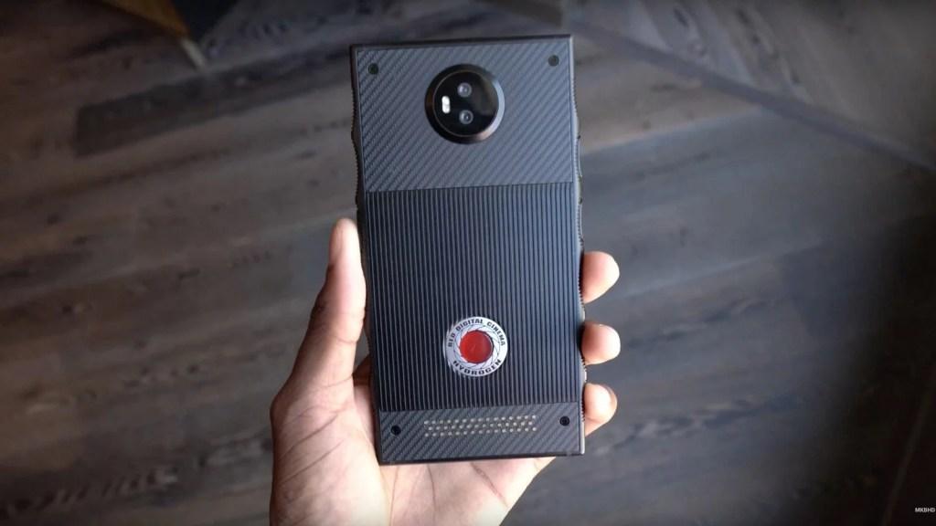 RED-Hyrdogen-one-smartphones-UnBumf
