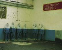 Liu-Bolin-Hiding-in-the-City_18-Laid-Off-2006