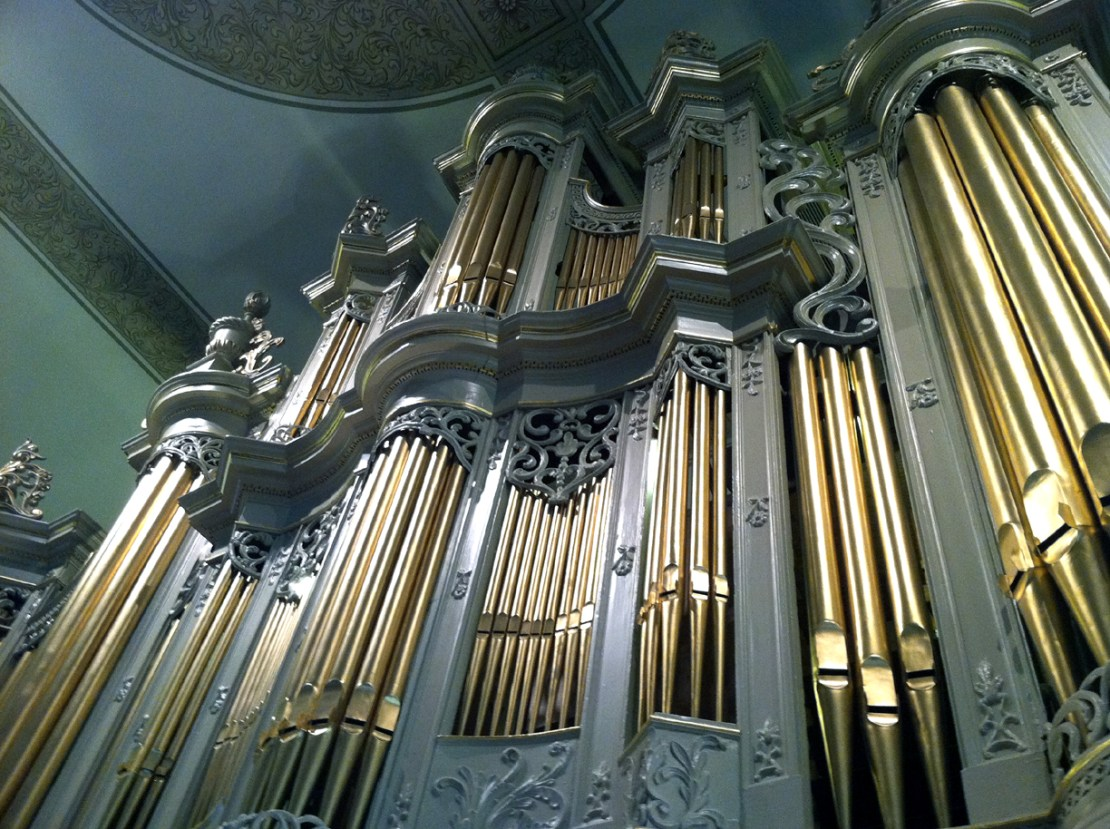 The pipe organ at Holy Trinity Lutheran Church.