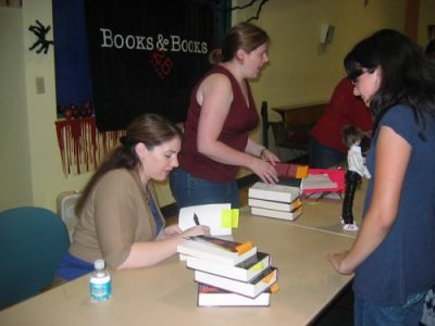 stephenie meyer book signing