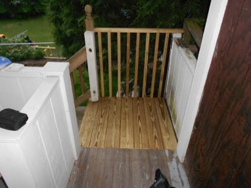 UNCLE HANDY-Deck Repair