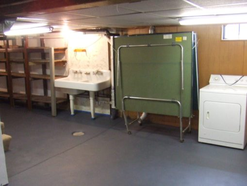 UNCLE HANDY – Basement Remodeling