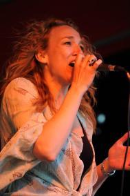 Suzanne-zang