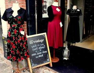 Find retro couture at I Love Vintage.
