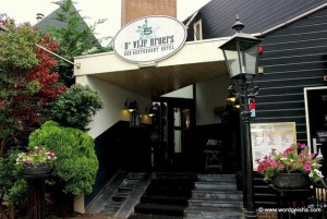 D' Vijf Broers' offers Zaans hospitality, less than an hour from Amsterdam.