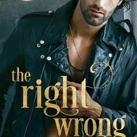 Blogger Wife Chat Review ~ The Right Wrong ~ Michelle Mankin