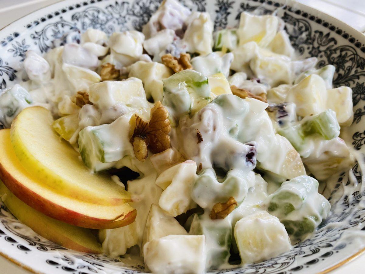Apple Pear and Yogurt Salad
