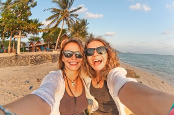 Buy your own honeymoon 6 - selfie