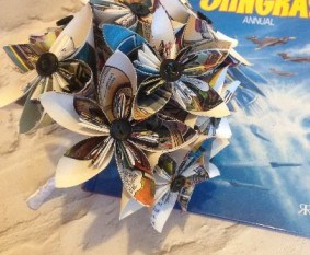 Recycled wedding company - 6 Stingray artificial bouquet - alternative - unconventional