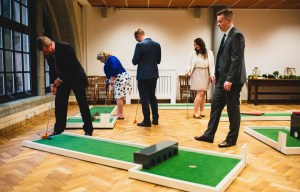 9 hole event hire - mini golf for weddings - wedding entertainment - alternative wedding entertainment 3
