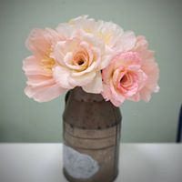 arlo arts - pinkcrepepaperbouquet1532300060 - alternative wedding bouquet